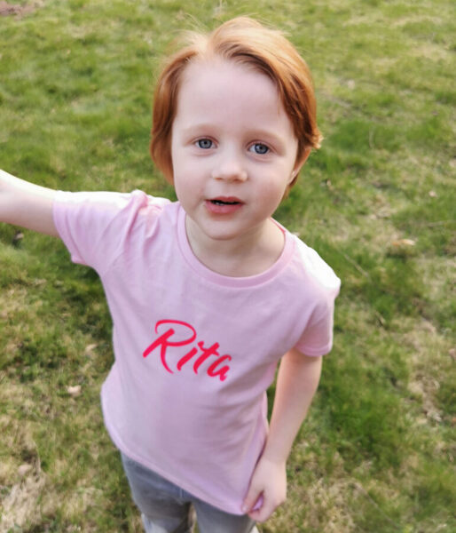 T-krekls ar bērna vārdu